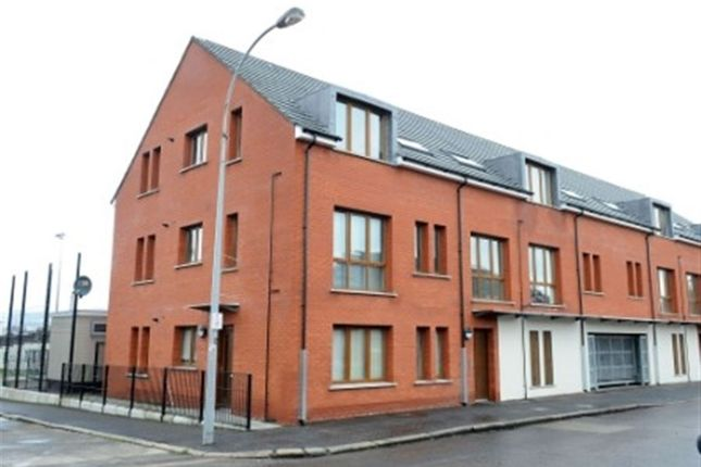 Thumbnail Flat to rent in Cherryville Street, Belfast