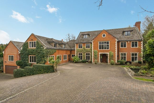 Thumbnail Detached house for sale in Stokesheath Road, Oxshott, Leatherhead