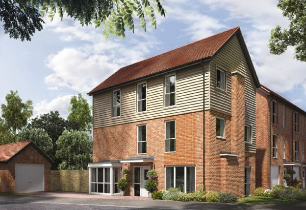 Thumbnail Link-detached house for sale in Portsdown Hill Road, Bedhampton, Hampshire