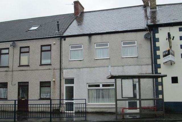 Thumbnail Flat to rent in Hebron Road, Clydach