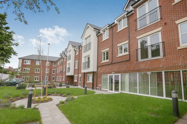 Thumbnail Flat for sale in White Ladies Close, Worcester