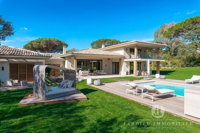 Thumbnail Property for sale in Saint-Tropez, Les Parcs, 83990, France