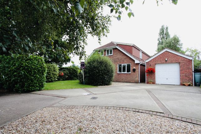 Thumbnail Detached house for sale in Radcliffe Road, Healing, Grimsby