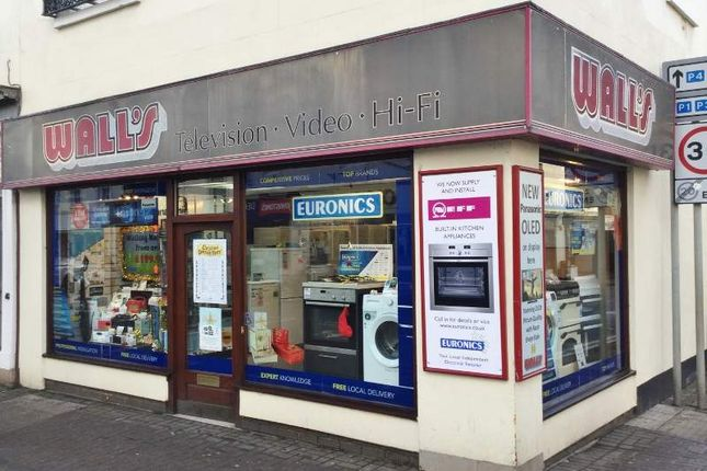 Thumbnail Retail premises for sale in 100 Warwick Street, Leamington Spa