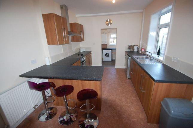 Thumbnail Room to rent in Wyggeston Street (Room, Burton Upon Trent, Staffordshire