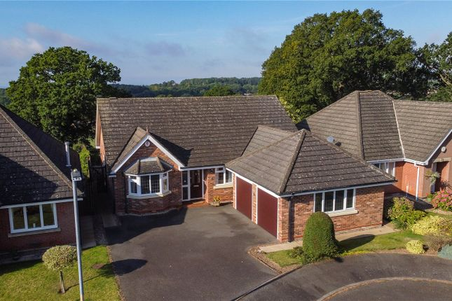 3 bed bungalow for sale in Glenfield Close Crabbs Cross, Redditch B97