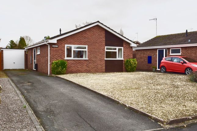 2 bed detached bungalow for sale in Hamilton Road, Evesham