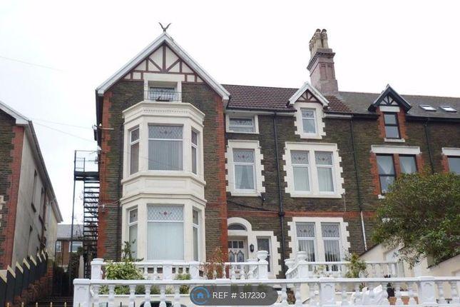 Thumbnail Flat to rent in Merthyr Road, Pontypridd
