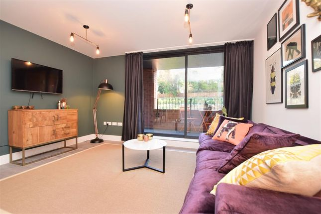 Flat for sale in Old Lodge Lane, Purley, Surrey