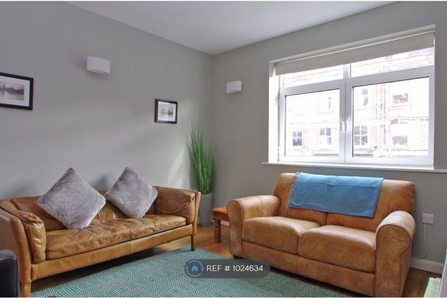 3 bed flat to rent in The Cut, London SE1