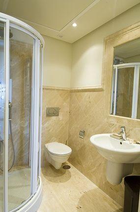 Shower Room of Spain, Málaga, Estepona, Estepona Centro