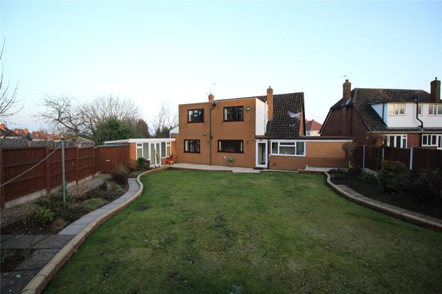 Thumbnail Detached house to rent in Benson Avenue, Goldthorn, Wolverhampton