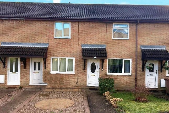 2 bed property to rent in Chepstow Close, Grove Park, Blackwood NP12
