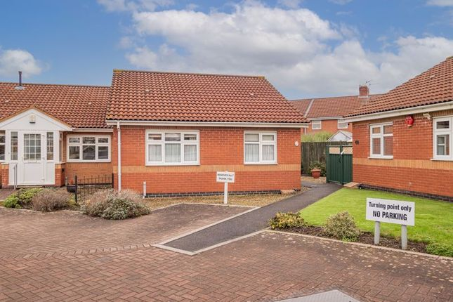 Thumbnail Bungalow for sale in Longmoor Court, Bristol