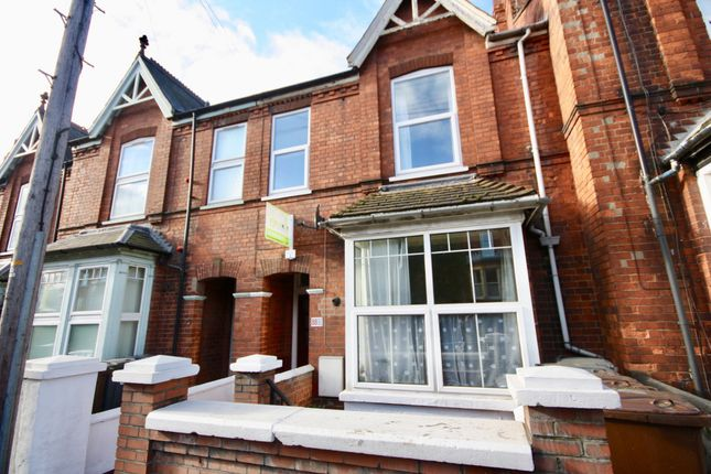 2 bed flat to rent in Yarborough Road, Lincoln