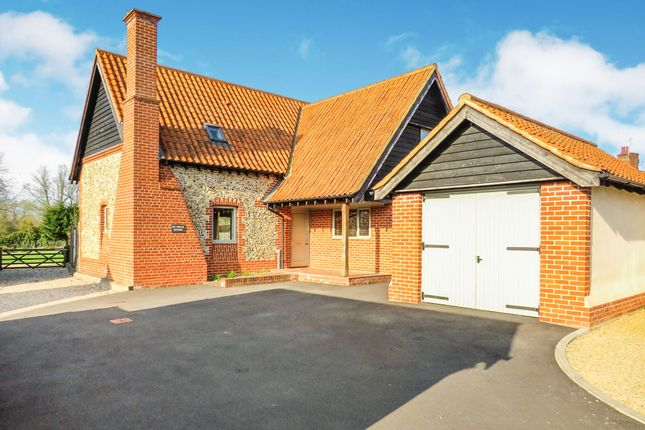 Thumbnail Detached house for sale in Fen Willow Mews, East Harling, Norwich