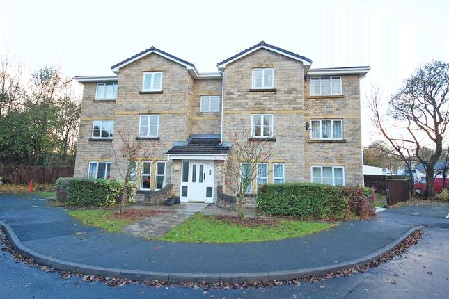 2 bed flat to rent in Brook Fold, Chapel En Le Frith, High Peak