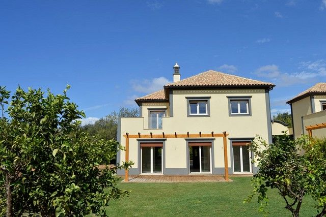 4 bed villa for sale in Portugal, Algarve, Almancil