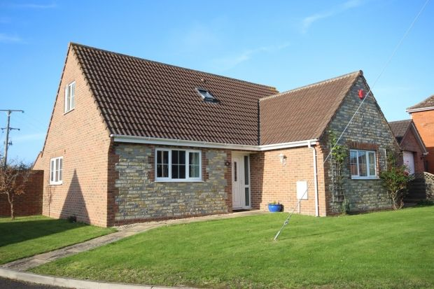 Thumbnail Detached bungalow for sale in Elm Tree Close, Othery, Bridgwater