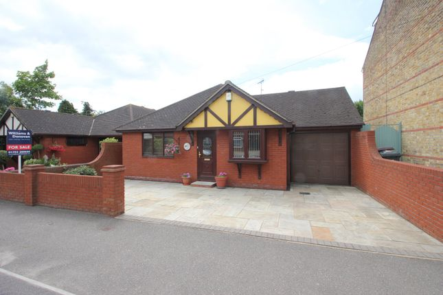 Thumbnail Detached bungalow for sale in Rocheway, Rochford