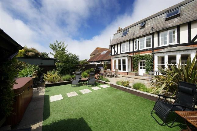 Thumbnail Property for sale in Ricketts Close, Weymouth