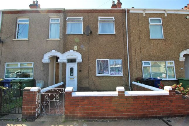 3 bed terraced house for sale in Alexandra Road, Grimsby DN31