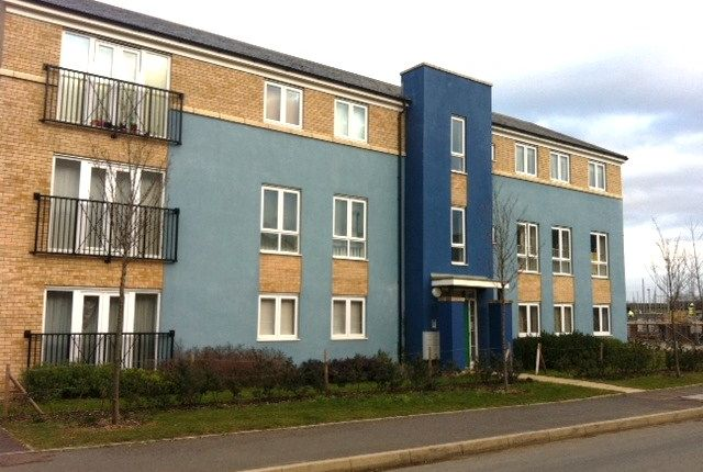 Thumbnail Flat to rent in Chieftain Way, Cambridge