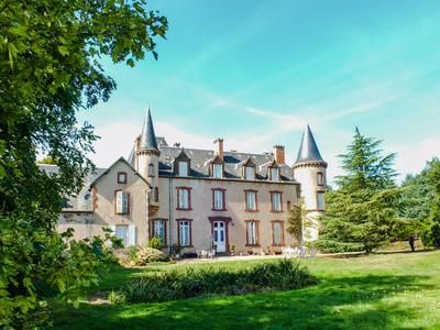Thumbnail Equestrian property for sale in 03220 Saint-Léon, France