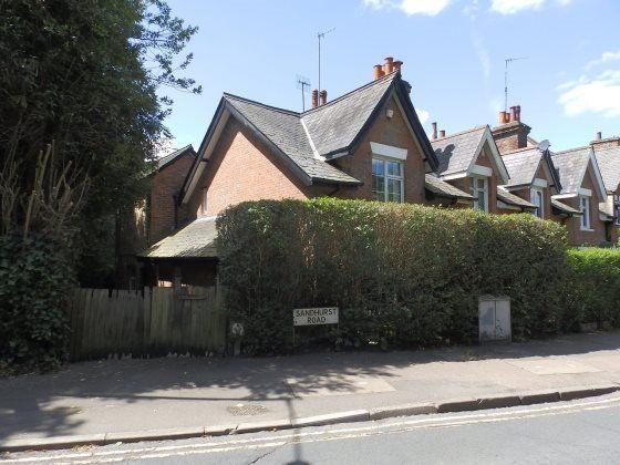 Thumbnail Semi-detached house to rent in Sandhurst Road, Tunbridge Wells