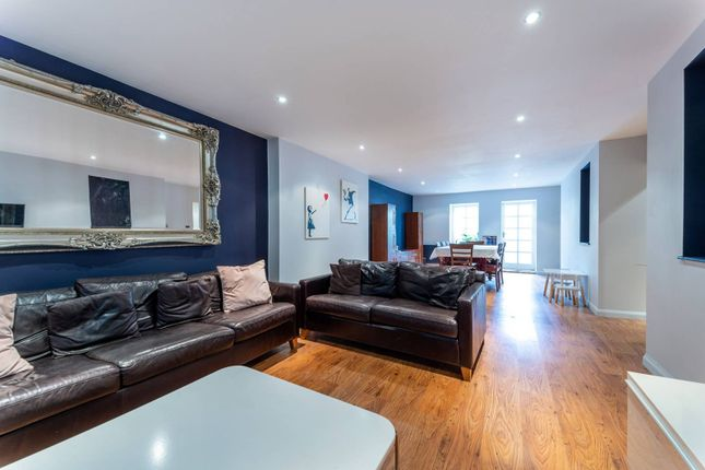 Thumbnail Flat for sale in Gipsy Hill, Crystal Palace, London