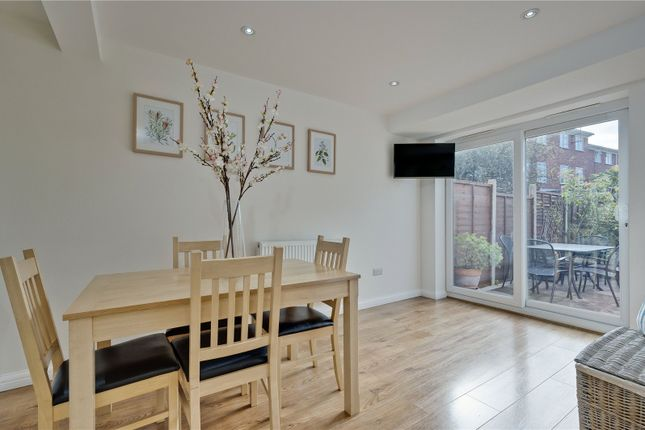 Picture No. 22 of Hillcrest, Weybridge, Surrey KT13