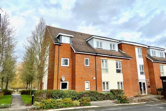 2 bed flat for sale in Leander Way, Oxford OX1