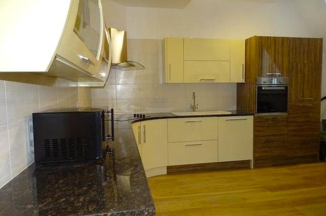 Terraced house to rent in 2 Oxford House, Grainger Street, Newcastle City Centre, Newcastle City Centre