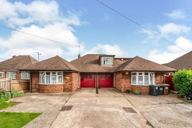 2 bed bungalow to rent in Icknield Way, Luton LU3