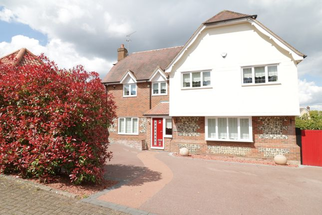 4 bed detached house for sale in Bendlowes Road, Great Bardfield CM7