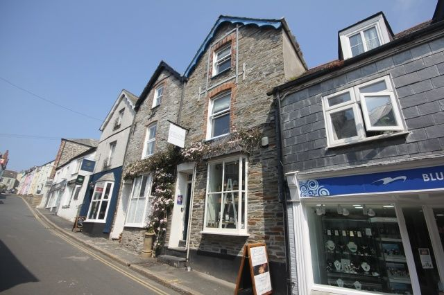 Thumbnail Property for sale in Fentonluna Gardens, High Street, Padstow