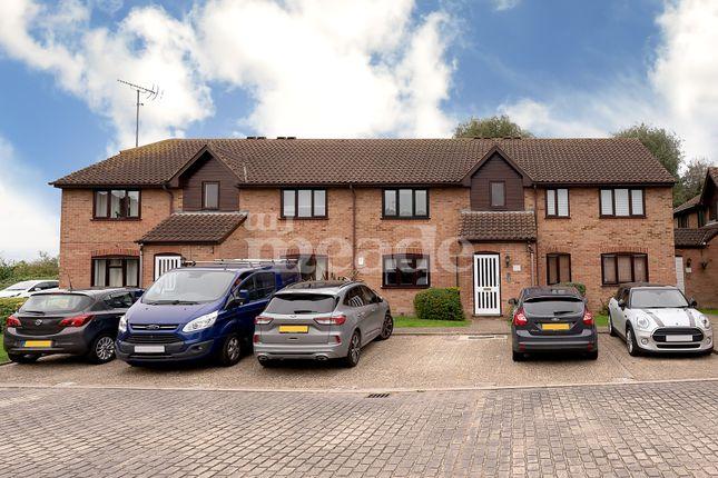 1 bed flat for sale in Godwin Close, Sewardstone Road, London E4