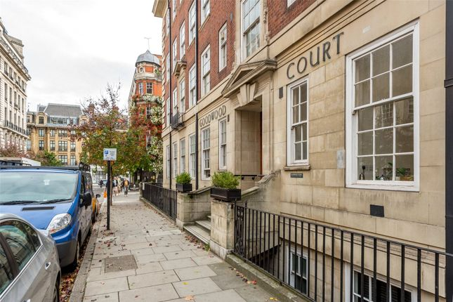 Picture No. 12 of Goodwood Court, 54-57 Devonshire Street, London W1W