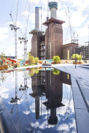Thumbnail Flat for sale in Battersea Power Station, London