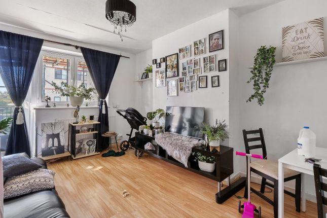 2 bed flat for sale in Blackwall Lane, London SE10