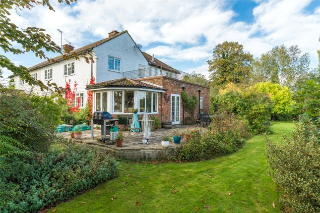 Picture No. 19 of Bulstrode Lane, Felden, Hemel Hempstead, Hertfordshire HP3
