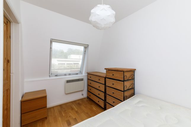 Bedroom of Cleveland Street, Fitzrovia W1T