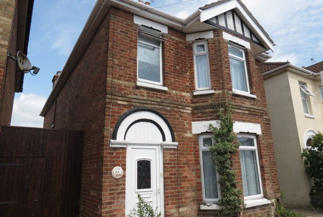 Thumbnail Detached house to rent in Capstone Road, Bournemouth