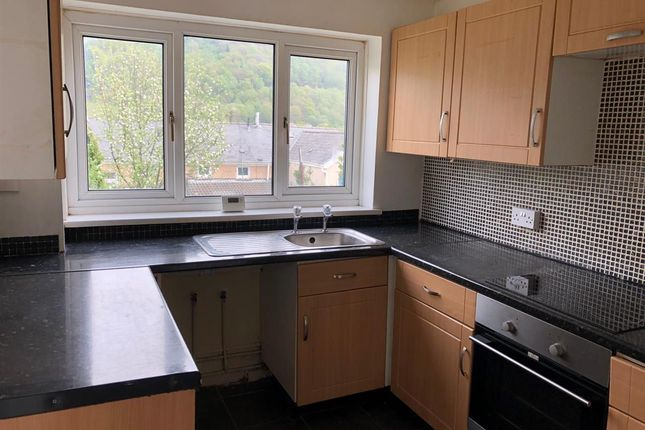 3 bed terraced house to rent in Victoria Street, Mountain Ash CF45