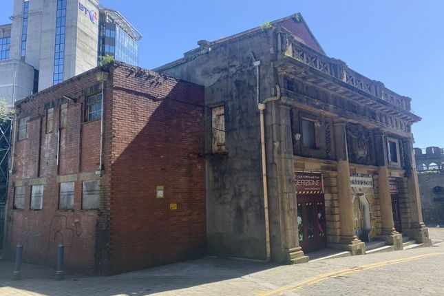 Thumbnail Leisure/hospitality for sale in Strand, Swansea