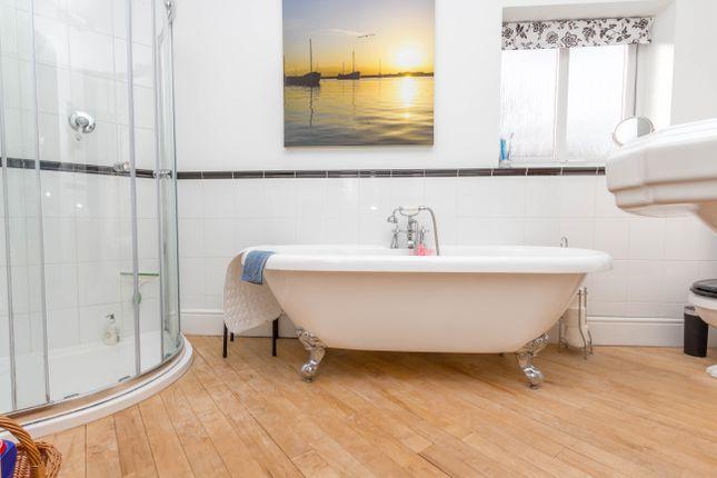 Bathroom of Harrowden Road, Wellingborough NN8
