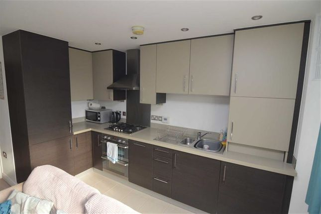 Lounge Open Plan Kitchen