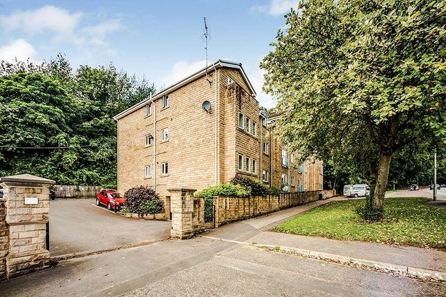 2 bed flat to rent in Bradford Road, Huddersfield HD2