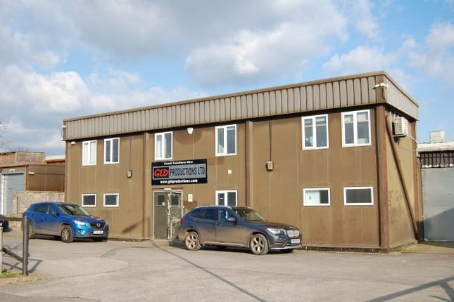 Thumbnail Industrial to let in 10A Bennetts Field Trading Estate, Wincanton