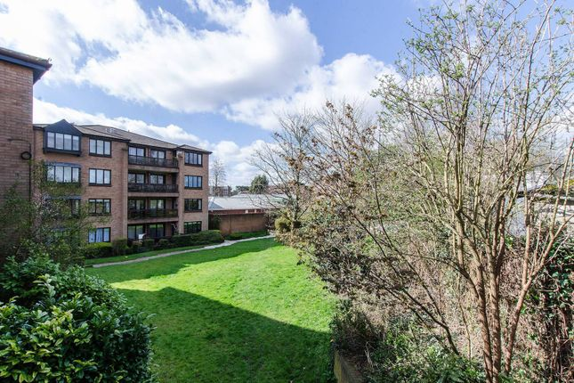 Widmore Road, Bromley BR13Dh BR1